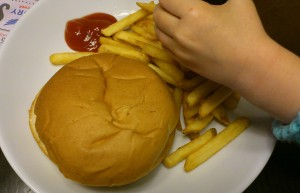 Kids' cheesburger and chips - Evie couldn't wait for the photo to be taken!!